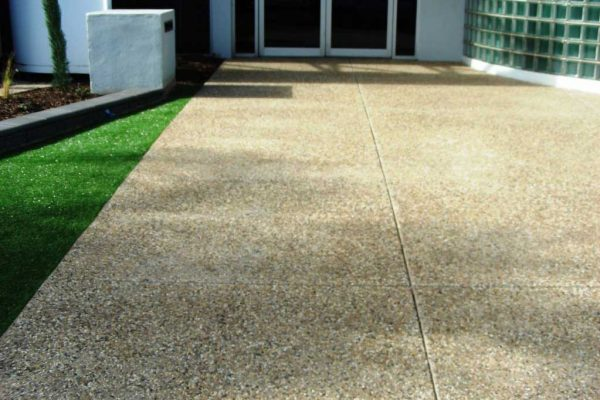 Custom Range - Exposed Aggregate Concrete